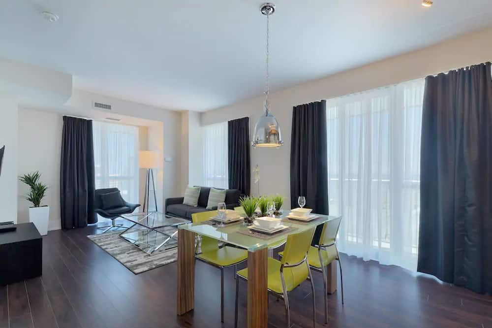 300-front-bed2-delux-img1